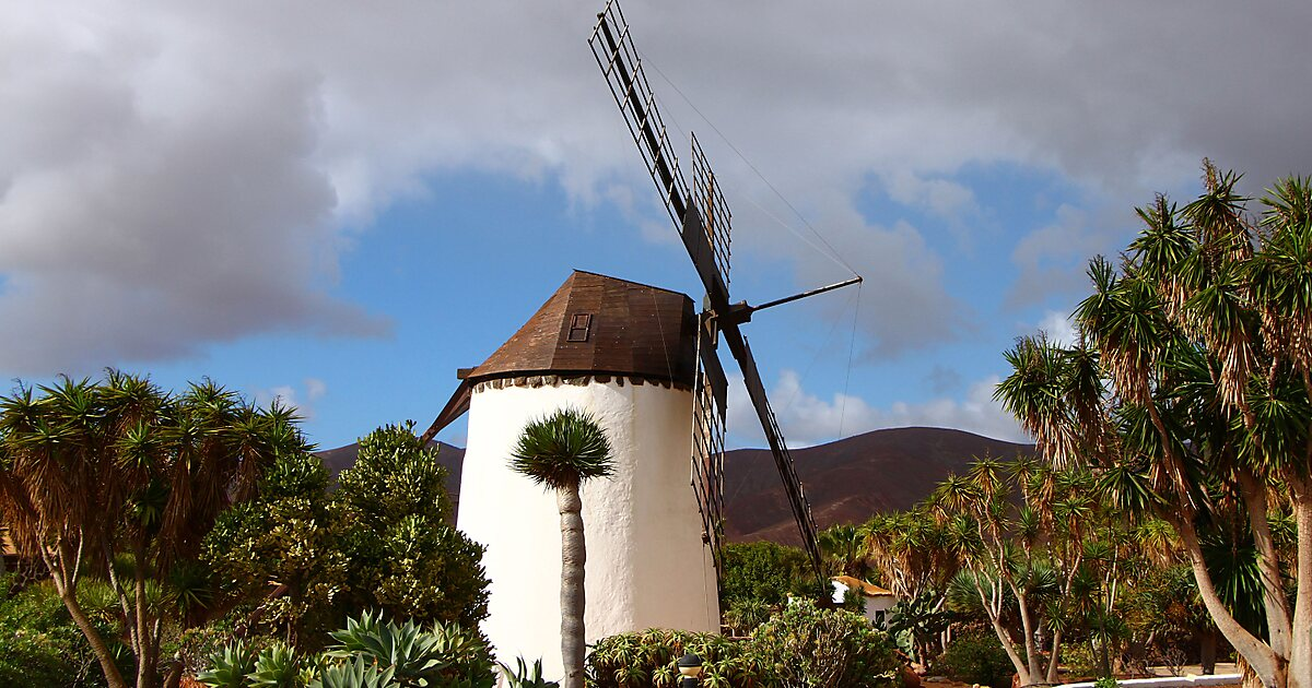 Antigua windmill craft centre puerto del rosario sygic travel - Vivienda puerto del rosario ...