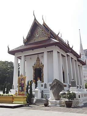 Wat Pathum Wanaram – Bangkok  Sygic Travel