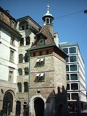 Molard Tower Geneva Tripomatic