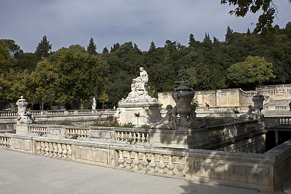 Fountain gardens nimes sygic travel for Le jardin de la france
