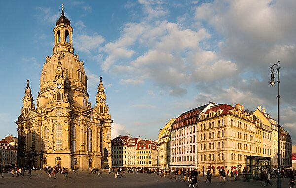 Art and architecture of dresden sygic travel for Hotel dresden frauenkirche