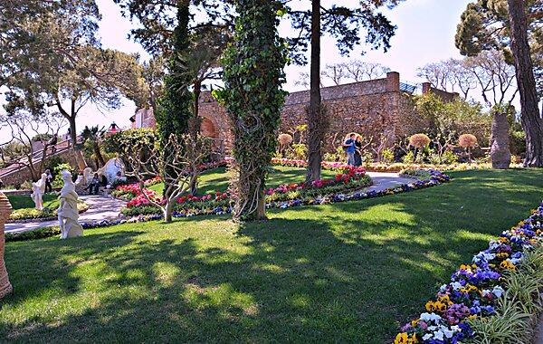 Gardens of augustus capri tripomatic for Giardini da visitare