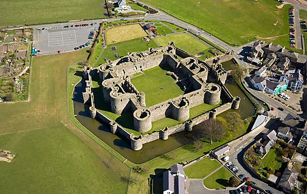 Beaumaris United Kingdom  City pictures : Beaumaris Castle in United Kingdom