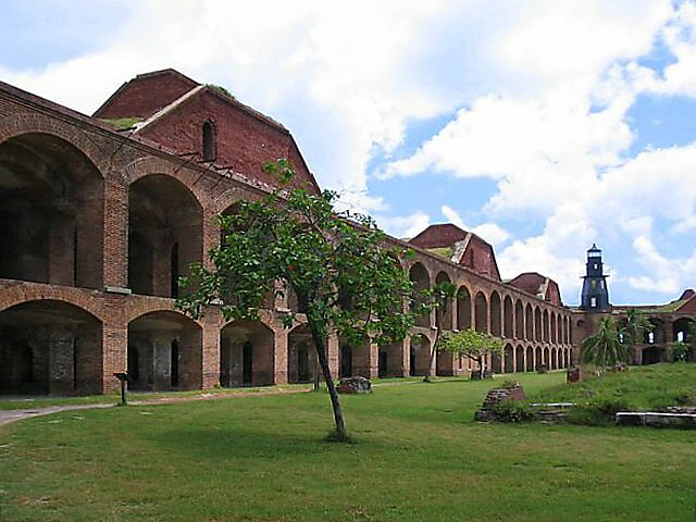 Jefferson (NC) United States  City pictures : Fort Jefferson – Florida | Sygic Travel
